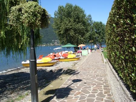 Tretboote Bootsverleih Lago Maggiore
