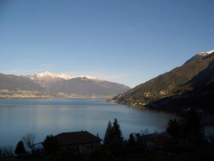 Baita mit Ausblick auf den Lago Maggiore