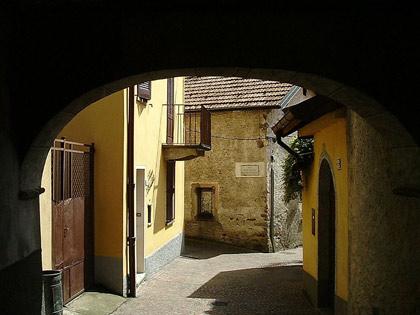 Strasse in Pino Lago Maggiore