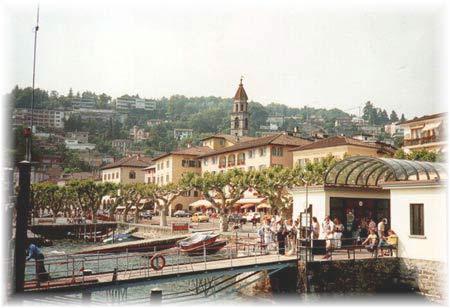 Der Hafen von Ascona, Ascona die schöne Stadt, deren Charme schon immer Dichter und Theosophen erlagen...