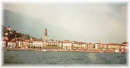 Asconas Promenade vom Schiff aus - ASCONA - Ferienwohnung Ascona am Lago Maggiore