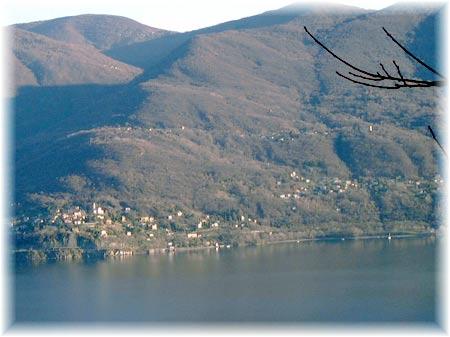 Ausblick auf Pino Lago Maggiore, Tronzano und Bassano