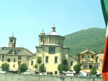 Kirche in Cannobio am Lago Maggiore