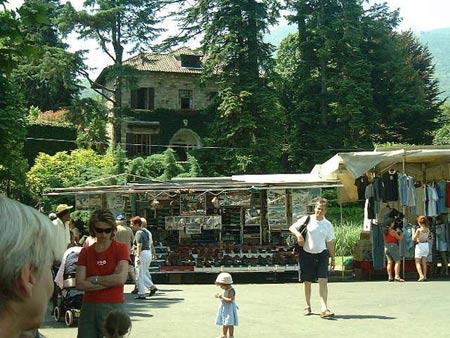 Der Markt in Cannobio am Lago Maggiore