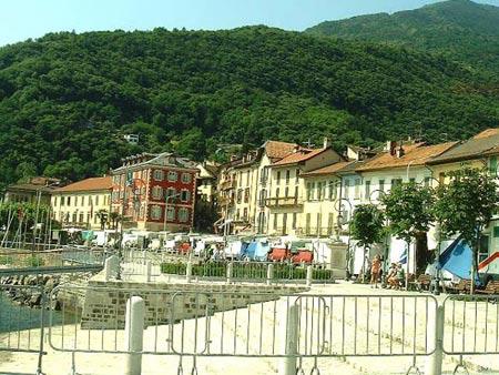 Promenade in Cannobio am Lago Maggiore