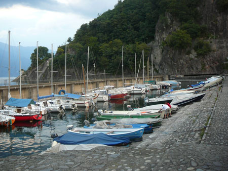 Promenade von Maccagno - entlang am See